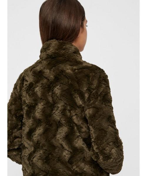 1a0629b290f Chaquetón pelo verde corto vero moda - Ikka Shop